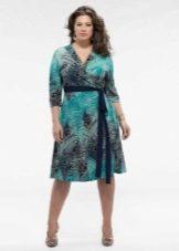 Платье с завышенной талией и запахом для полных