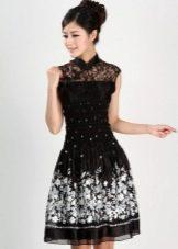 Черное платье с белым цветочным принтом в китайском стиле