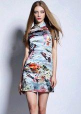 Платье ципао (в китайском стиле) для блондинки