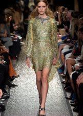 Платье в стиле диско с длинными рукавами