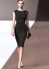 Платье с драпировкой в стиле Шанель