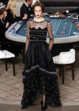 Платье короткое спереди длинное сзади от Шанель