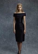 Платье с приспущенными рукавами в стиле Шанель