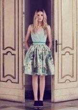 Мятное платье с зеленым принтом