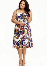 Цветочное платье большого размера