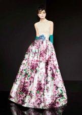 Платье с цветочным принтом на юбке пышное