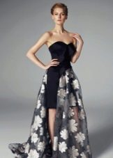 Платье с цветочным принтом на съемной юбке