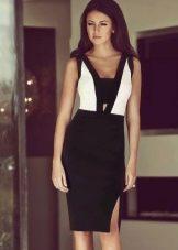 Офисное черное платье с белыми вставками на топе
