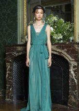 Греческое платье в пол с глубоким вырезом