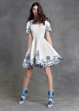 Винтажное платье от Dolce & Gabbana с вышивкой