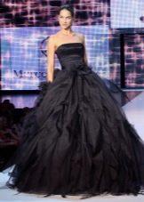 Черное пышное платье
