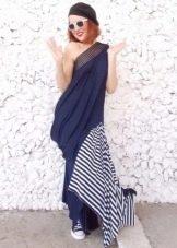 Асимметричное длинное платье