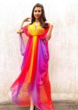 Асимметричное длинное яркое шифоновое платье