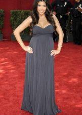 Длинное серое платье-бандо в пол для беременных