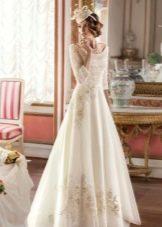 Платье а-силуэта  свадебное