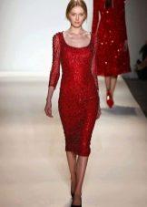 Красное платье футляр с рукавами