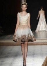 Короткое платье а-стлуэта