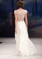 Свадебное платье с гипюром на спине