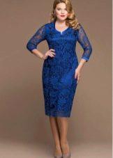Гипюровое платье для полных синее