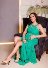 Зеленое платье для беременной