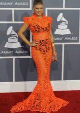 Длинное оранжевое платье-русалка для женщин цветотипа Осень