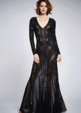 Черное платье длинное с декольте кружевное