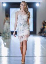 Кружевное короткое платье футляр