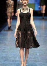 Легкое кружевное платье  короткое