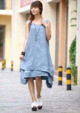 Голубое льняное летнее платье