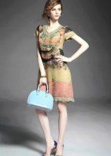 Разноцветное льняное платье