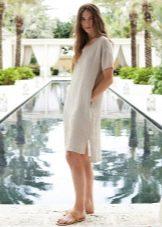 Льняное платье простое