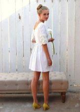 Белье льняное короткое платье с кружевом