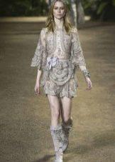 Elie Saab весна-лето 2016 короткое платье с длинным рукавом кружевное