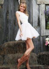 Платье бэби долл с сапогами