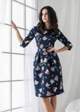 платье из неопрена в цветочек