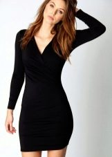 Черное платье из полиэстера с длинным рукавом на зиму