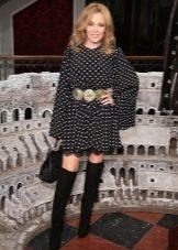 Платье из вискозы в сочетание с ботфортами