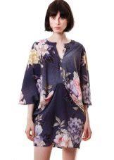 Платье кимоно темно-синее с цветочным принтом