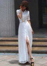 Длинное белое платье-рубашка