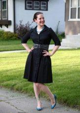 Платье-рубашка в сочетание с широким поясом