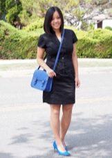 Платье-рубашка с туфлями-лодочками