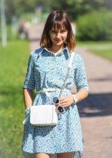 Платье-рубашка голубая с принтом