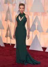 Длинное зеленое платье с американской проймой