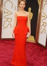 Оранжевое длинное платье-бюстье с баской