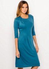 Платье с обтягивающим рукавом реглан длиной три четверти