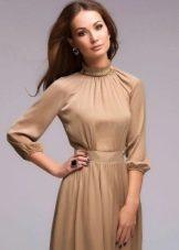 Платье со свободным рукавом реглан три четверти