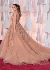 Вечернее пышное платье со шлейфом Дженифер Лопес
