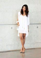 Вечернее белое платье трапеция с клатчем