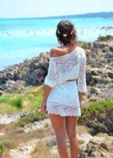 Пляжное платье-туника с ремнем