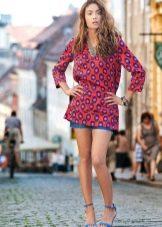 Платье-туника с шортами